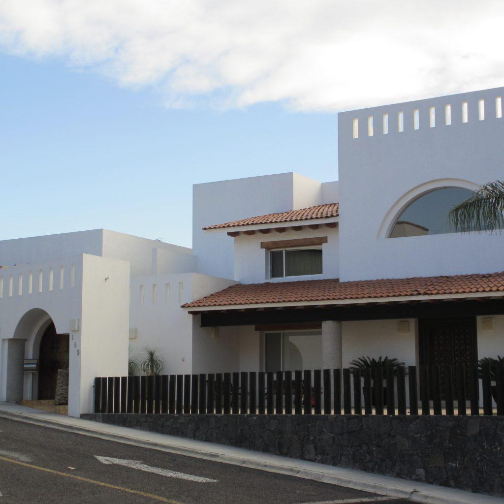 Residencia Álvarez Ortiz